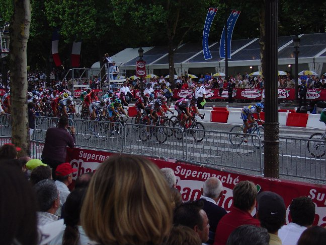Racers on the Champs Elysees